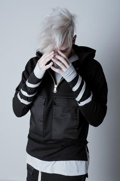 Image of [DNYGWXUF16] H001 HOODIE BLACK