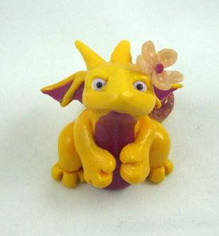 Image of Yellow Flower Dragon