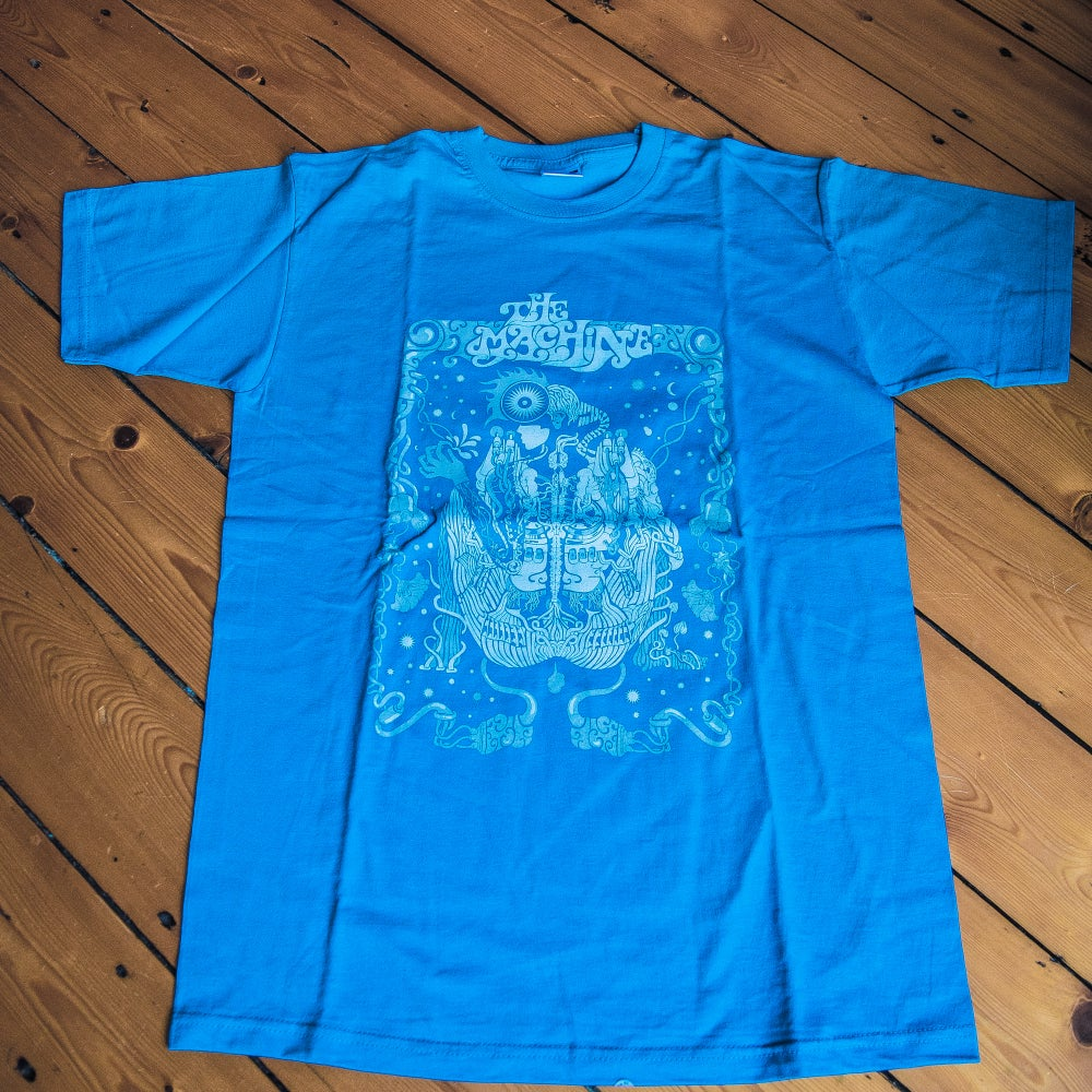 Image of T-shirt (Blue : psychedelic design)