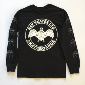 Image of SKETCHY SEAL LONG SLEEVE / Black & White