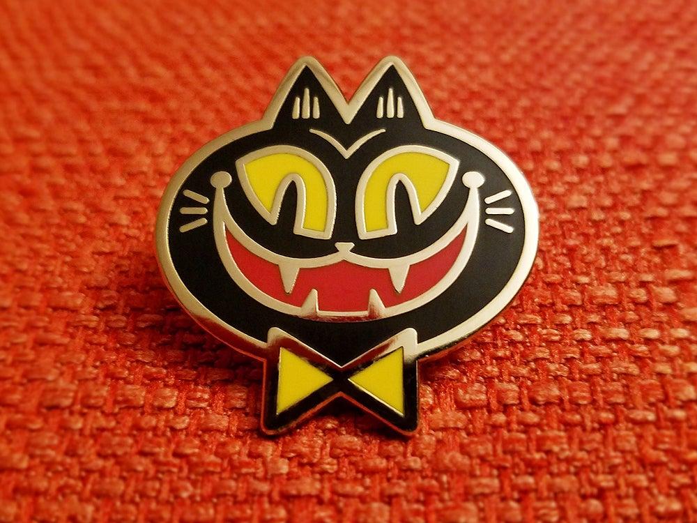 Image of Creepy Cat Lapel Pin