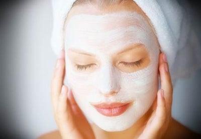 Image of Masker Alami Untuk Kulit Kering