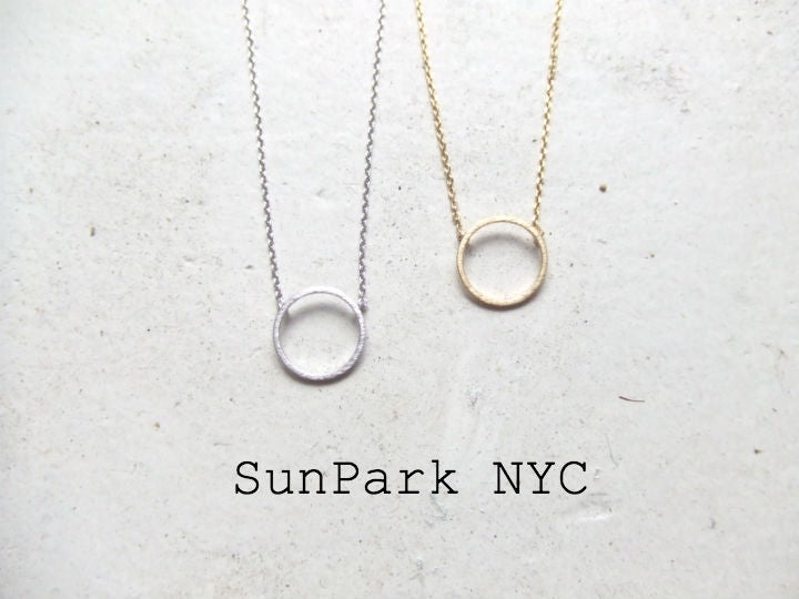 Image of Simple Dainty Circle Necklace