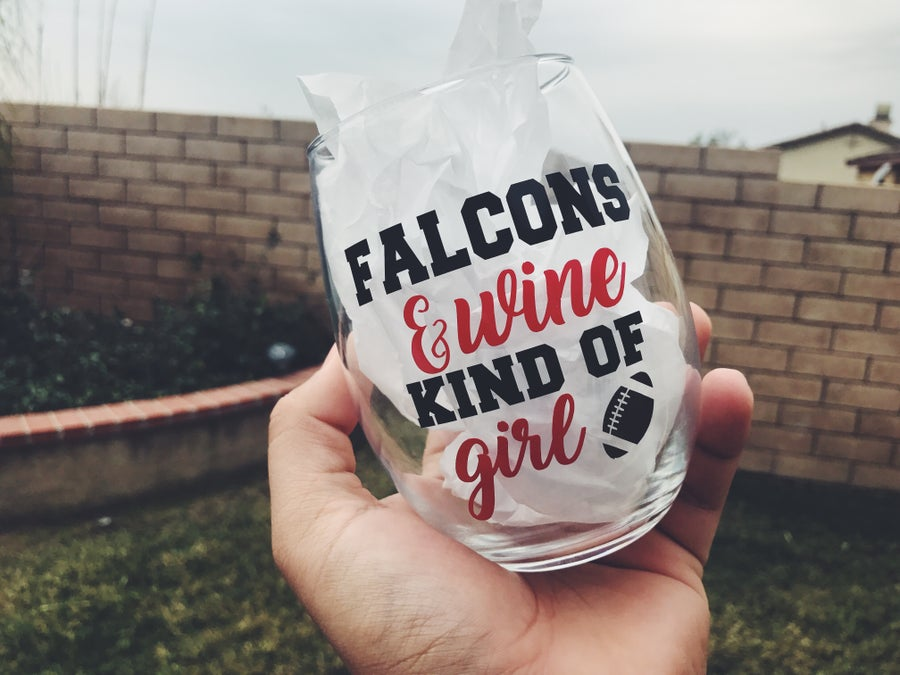 Image of FALCONS & WINE KIND OF GIRL - WINE GLASS