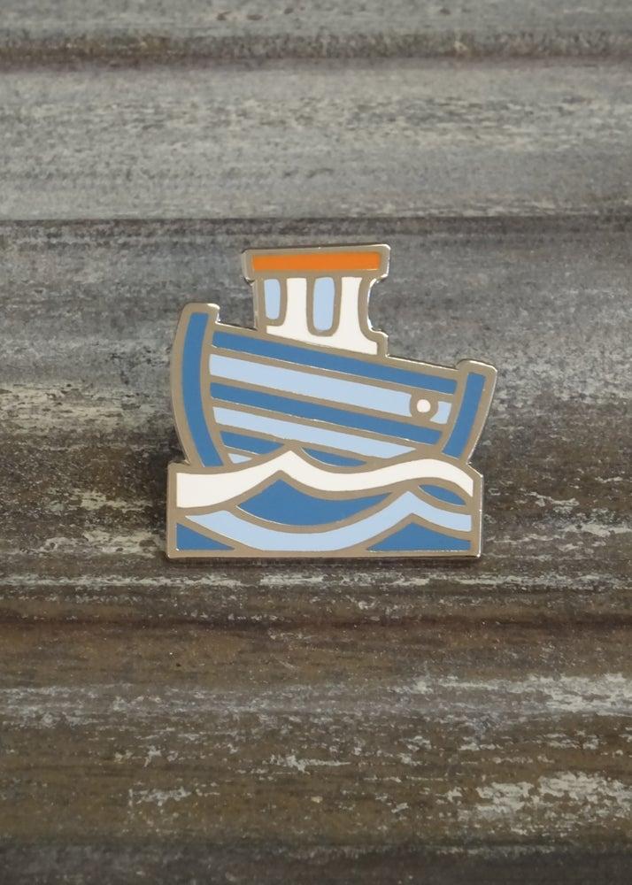 Image of Boat pin badge