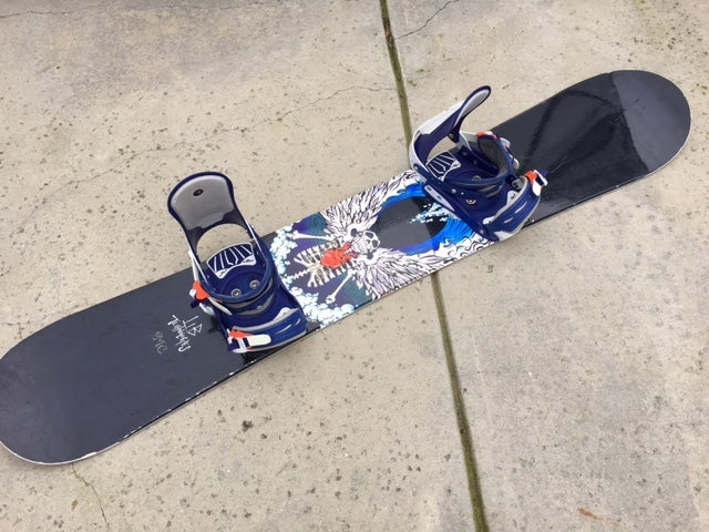 Image of Lib Technologies MC 156 Snowboard w/Large Rossignol Bindings