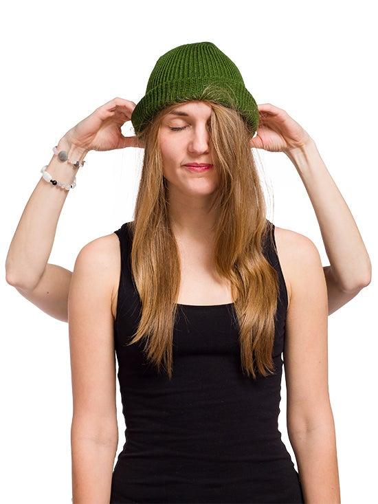 Image of WOOLEN BEANIE Dark green
