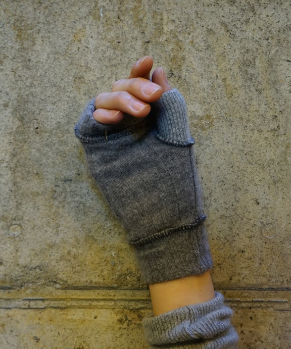 Image of Cashmere Short Mittens