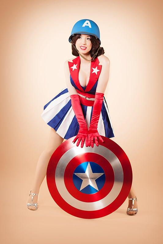 Image of USO Girl 11x17