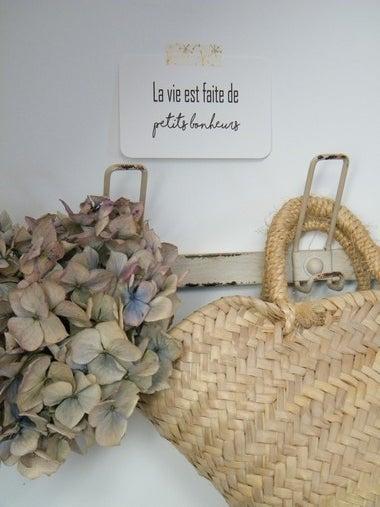 """Image of Etiquette cartonnée """"La Vie est faite de petits bonheurs"""""""