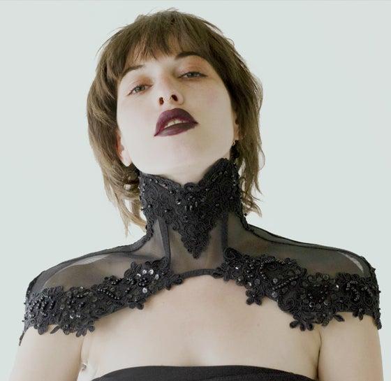 Image of MARTOK black lace posture capelet