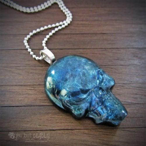 Image of Labradorite Effect Resin Skull Pendant