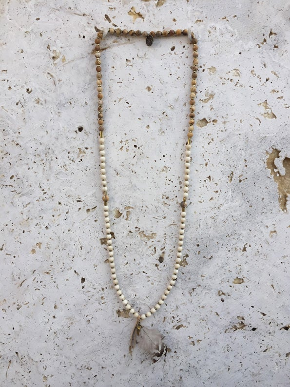 Image of Sautoir pierres et plume WILD