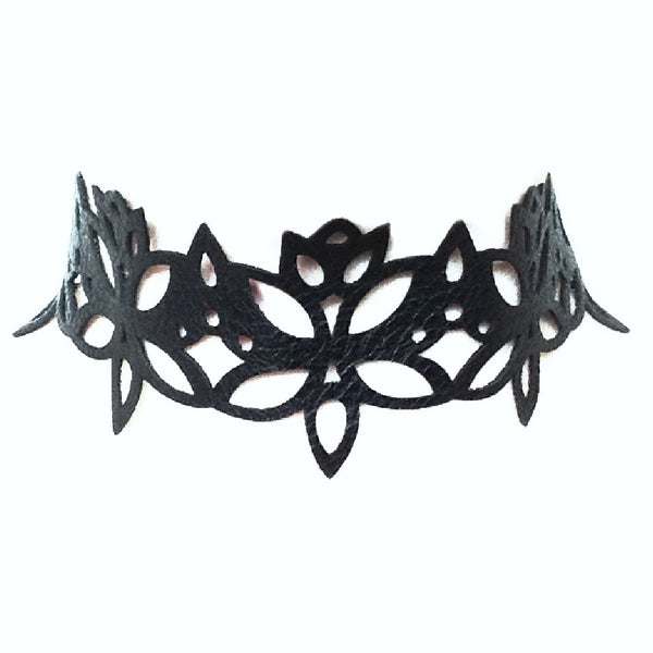 Image of 'Queen of the Night' Choker