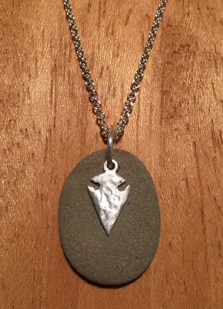 Image of Mini rock with arrow head pendant