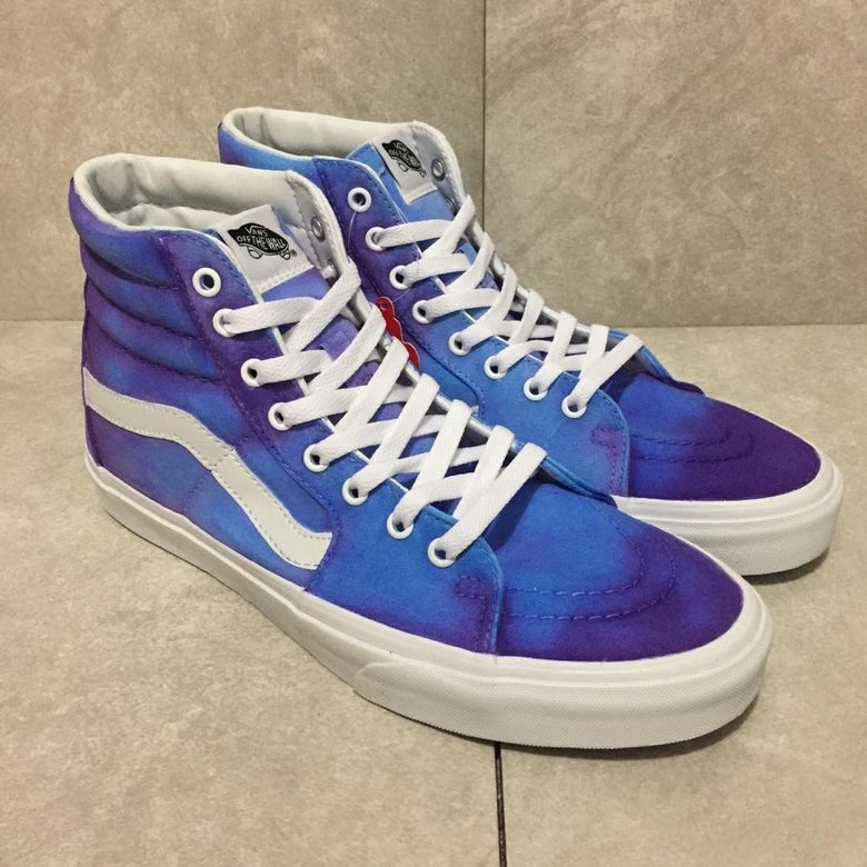 """Image of """"Dirty Sprite"""" Vans (Color Changing)"""