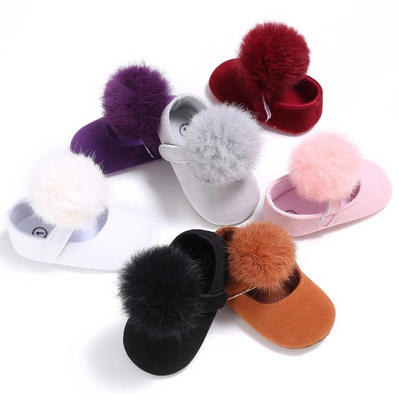 Image of POMPOM SHOES