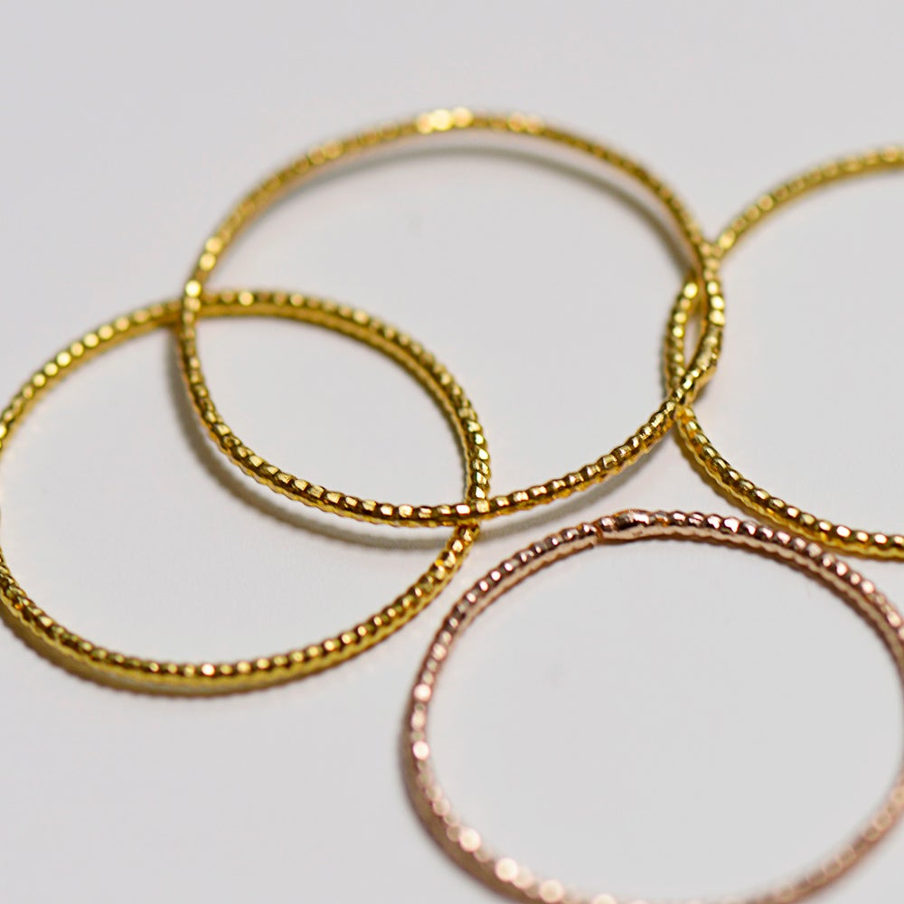 Image of 4 BAGUES SHINY // 4 SHINY RINGS