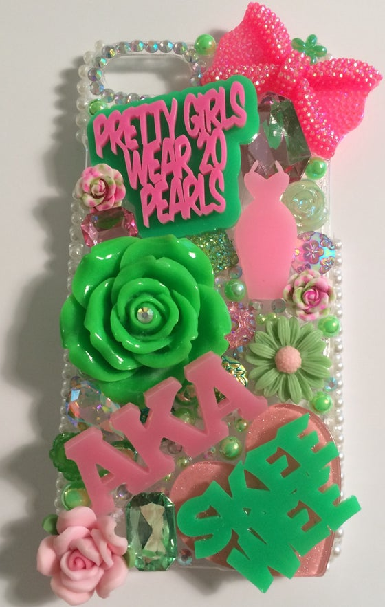 Image of Pretty Girls iPhone 7 Case