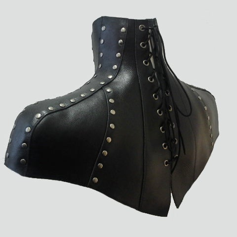 Image of Kornan posture capelet with gunmetal rivets
