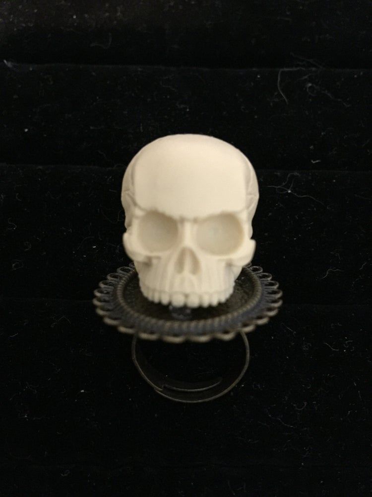 Image of Human skull ring