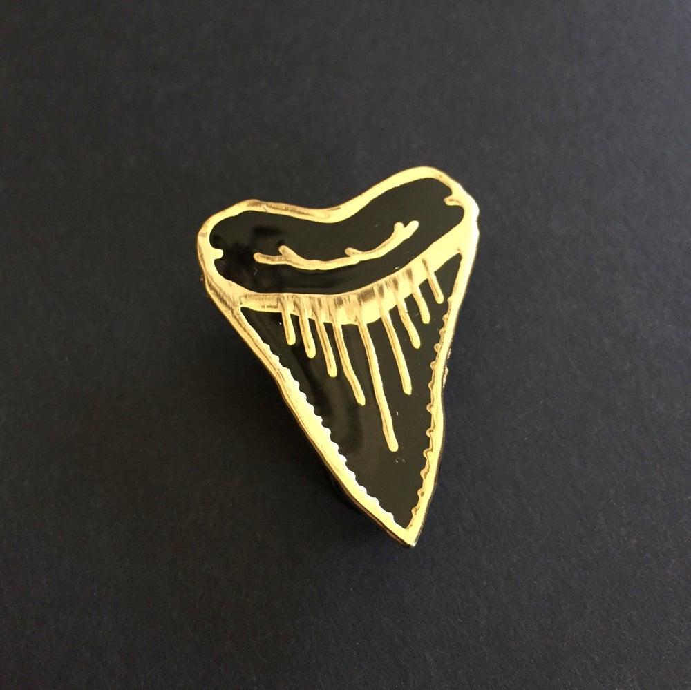 Image of El Jefe Shark Tooth