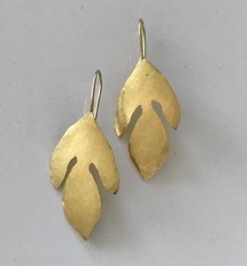 Image of Sassafras Leaves Hammered 18K Gold Earrings