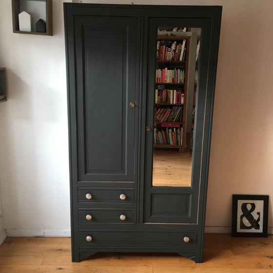 Image of Ambroisine, armoire