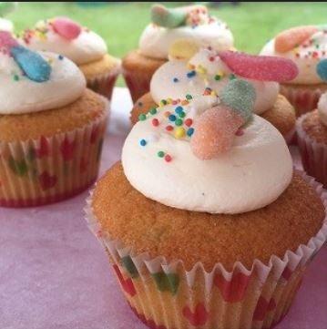 Image of Vanilla Funfetti Cupcakes - 12 pack