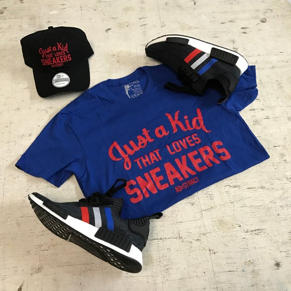 """Image of JUST A KID THAT LOVES SNEAKERS """"ROYAL BLUE/RED"""" T-SHIRT (MENS)"""