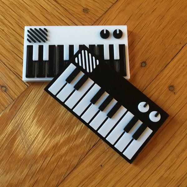 Image of Toy Synthesizer Model