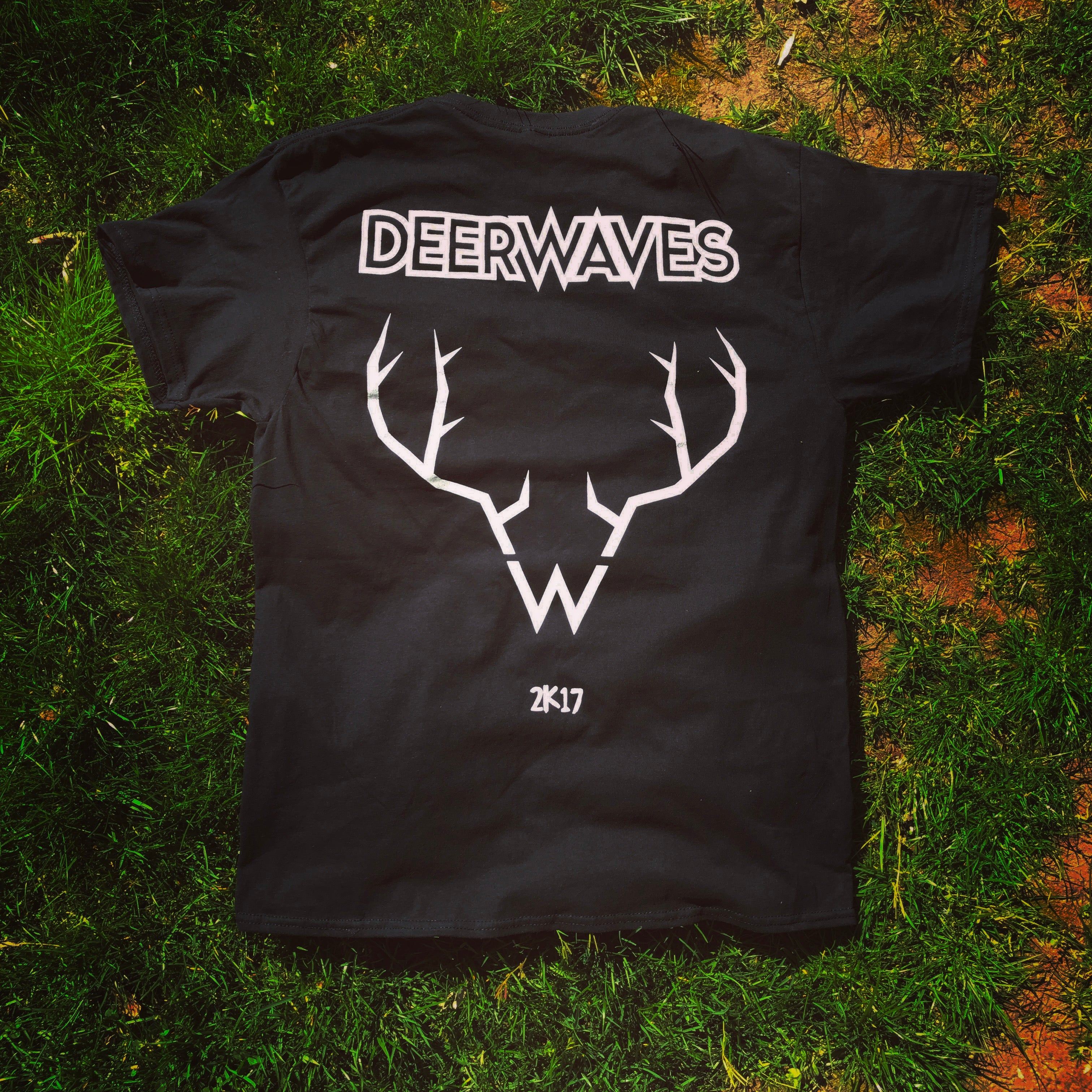T Shirt Deer Waves Deer Waves
