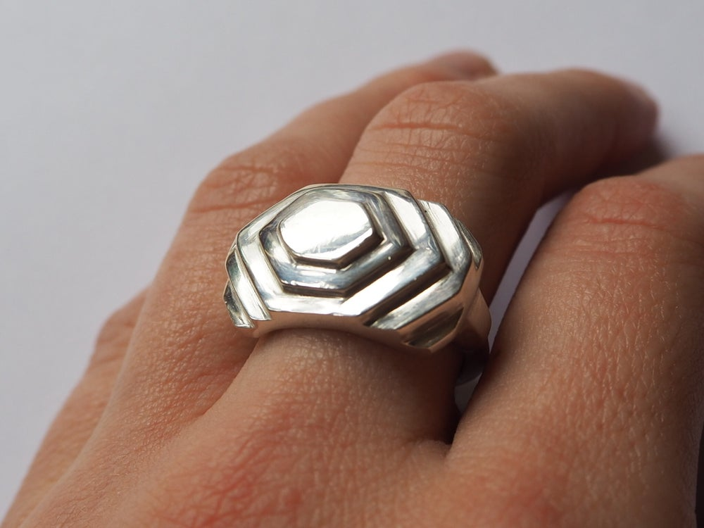 Image of The Signet Ring