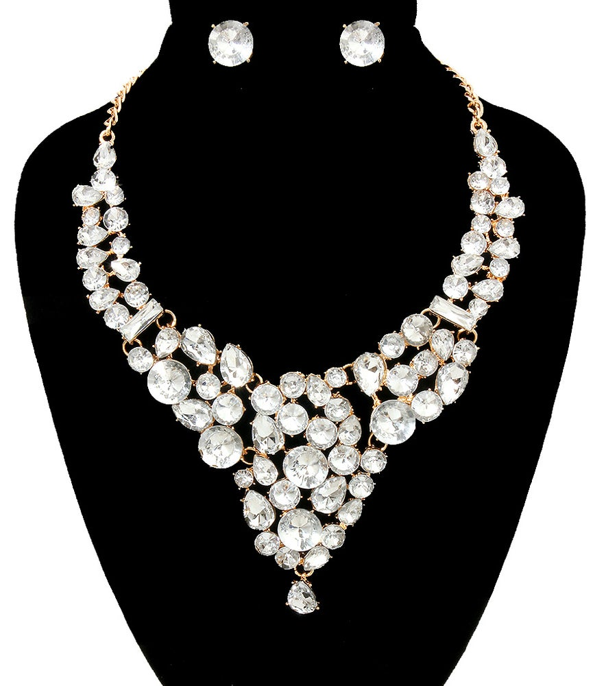Image of Crystals Necklace Set