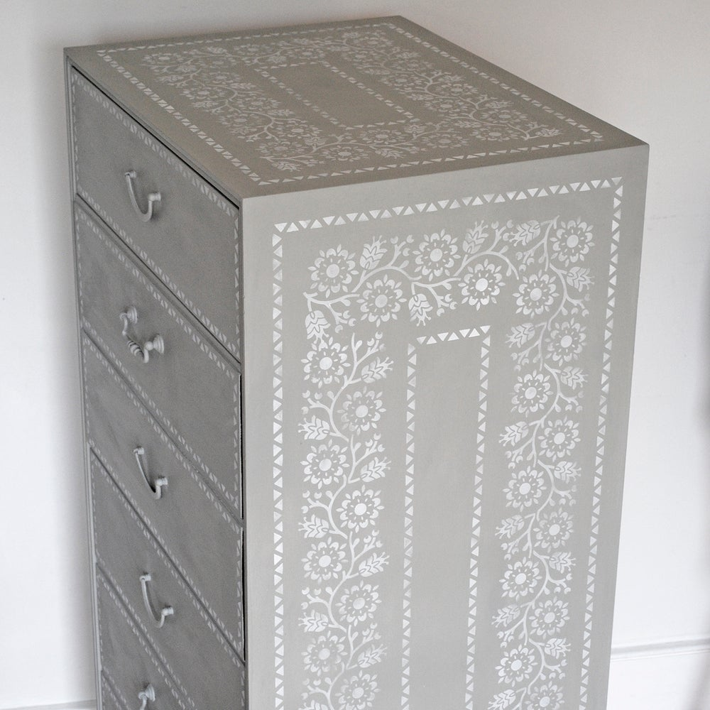 Image of Frederica Chest Of Drawers