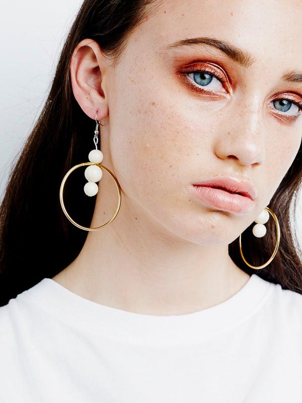 Image of Circle Pearl Drop Earrings