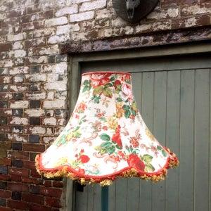 Image of  Elegant skirted Scallop Bell for standard lamp in Upperton