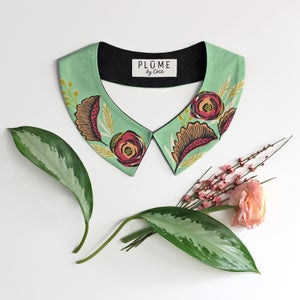Image of Mint Rose - Faux Collar