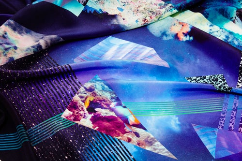 "Image of ""NOCTURNAL SWIM"" / SILK SCARF 120X120cm"