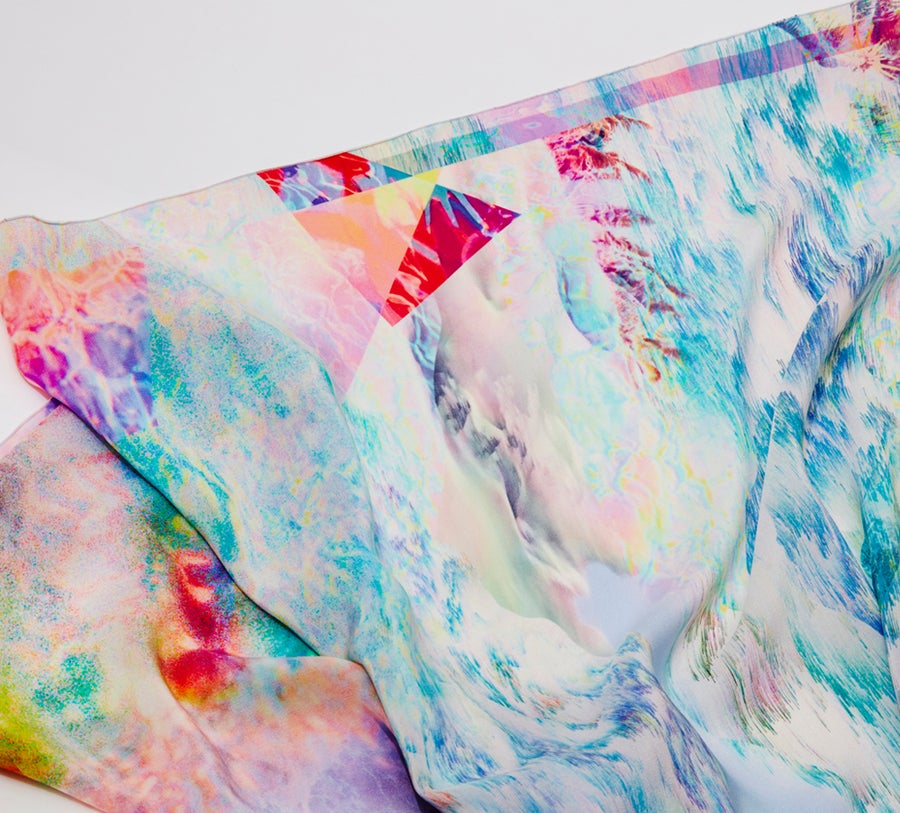 "Image of ""ENDLESS SUMMER"" / SILK SCARF 90x90cm"