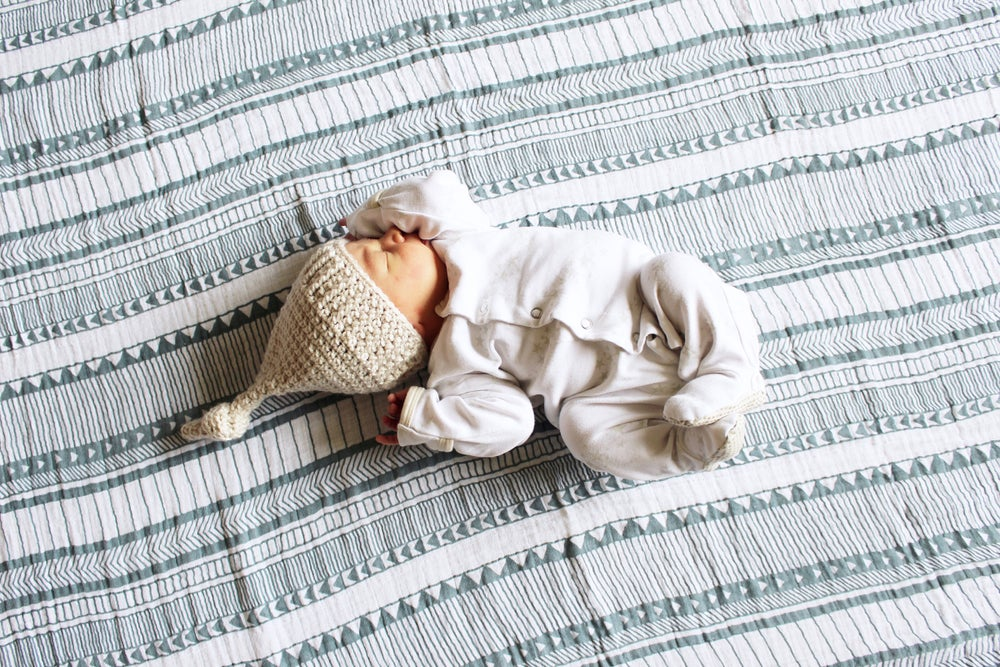 Image of Newborn Knot Hat