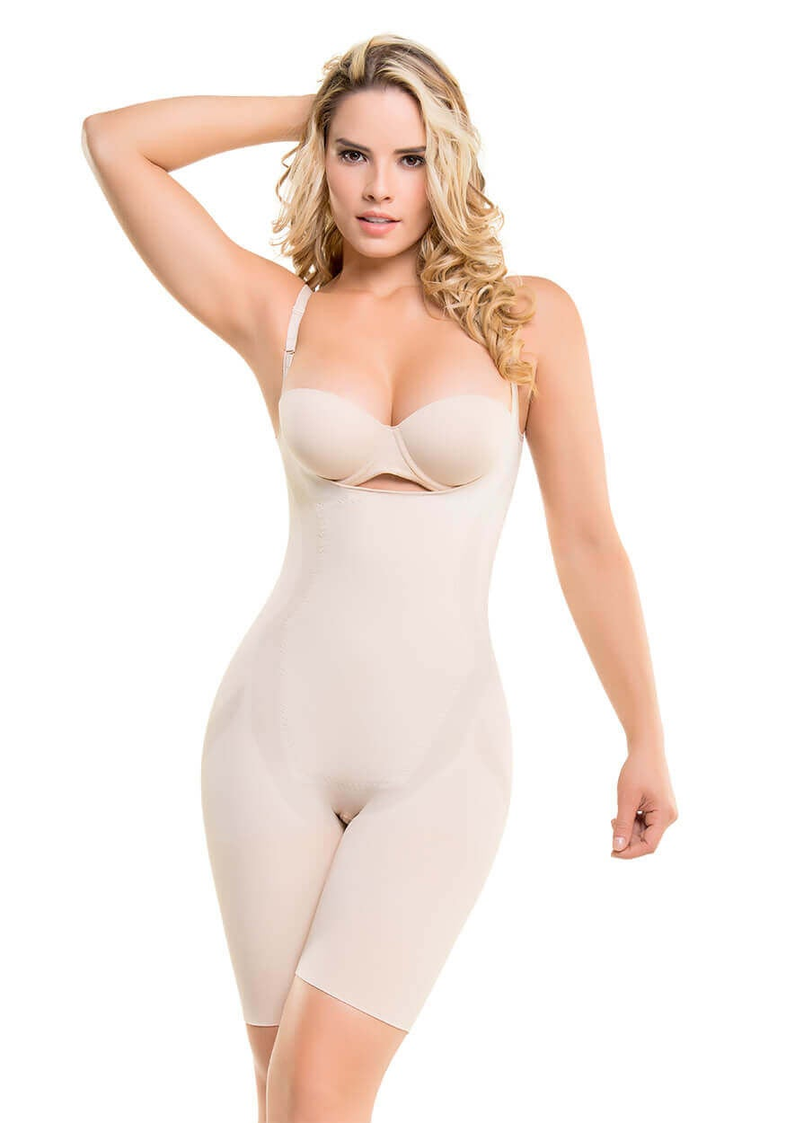 Image of SEAMLESS THERMAL ACTION HOURGLASS BODYSUIT