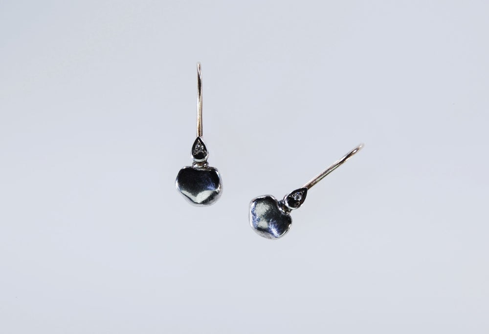 Image of Mare, diamonds earrings