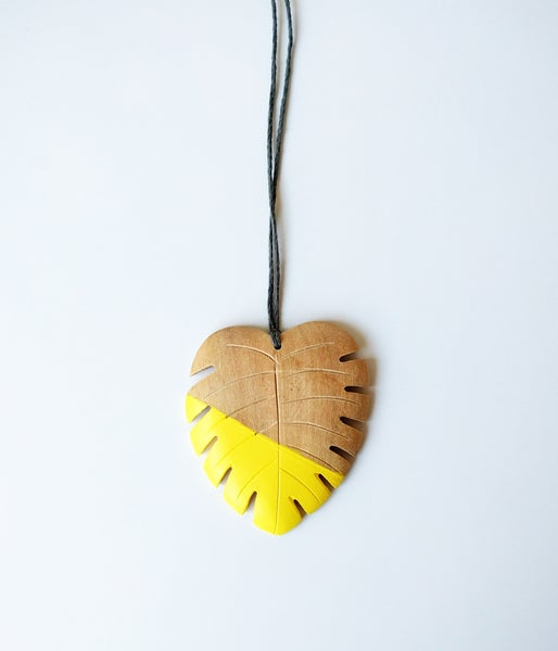 Image of Hello Monstera! Necklace - Yarrow