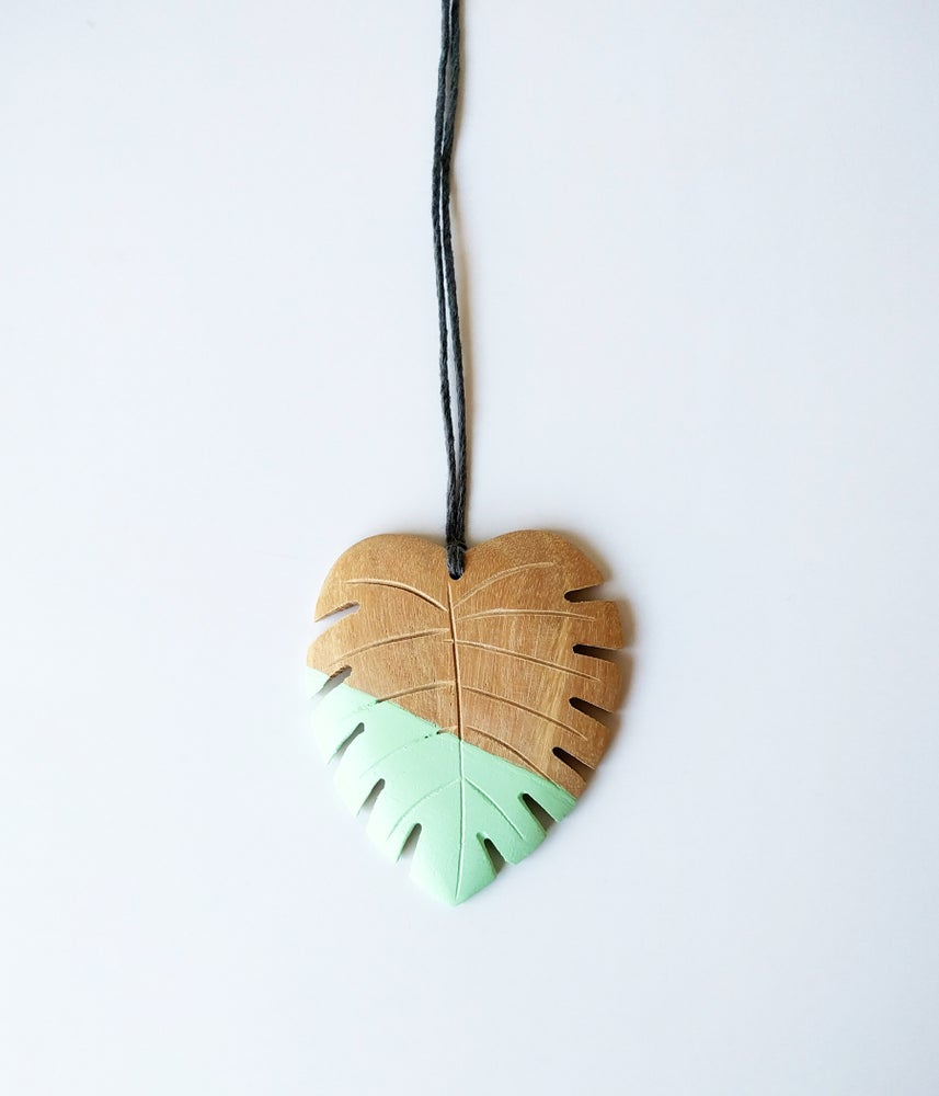 Image of Hello Monstera! Necklace - Juniper