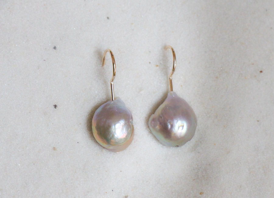 Image of Silver Edison Pearl Earrings