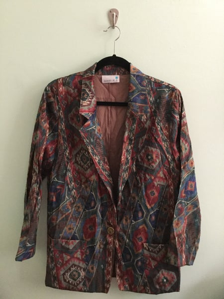 Image of earth toned southwestern print jacket