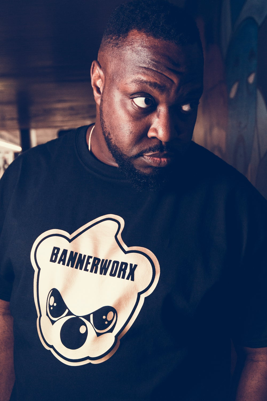 Image of Bannerworx Ninja Bear - Men's Black Gold T-Shirt