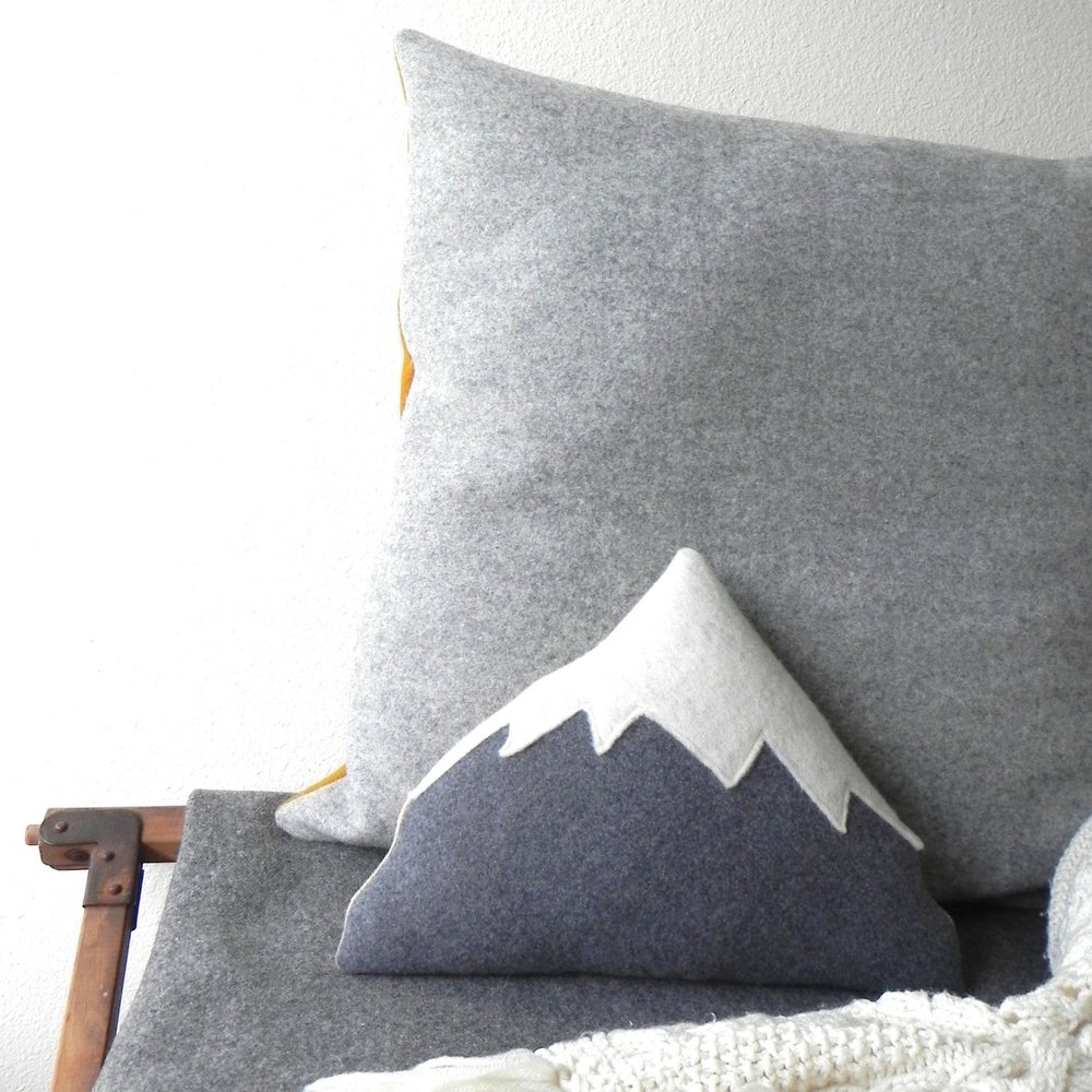 Image of Mt Hood - Mountain Pillow