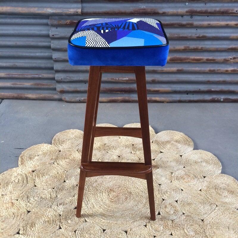Image of Macrob Stools Set of 6 stools